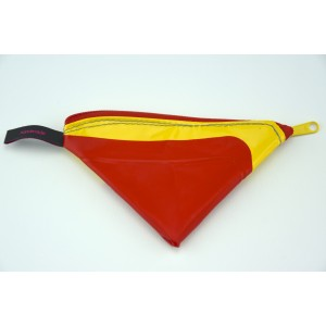 Riri XS red triangle